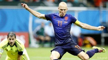Фабрегас: Касильяс должен играть в основе на Чемпионате мира в Бразилии