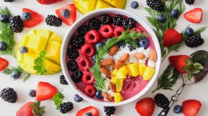 В фруктах содержится много полезных витаминов
