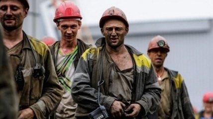 Пять месяцев без денег: шахтеры решились на радикальные меры из-за долгов по зарплате (фото)