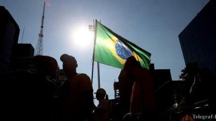 В Бразилии уже 500 тыс человек болеют коронавирусом