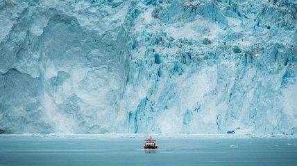 Жара в Гренландии - растаяло 8,5 миллиарда тонн льда за один день