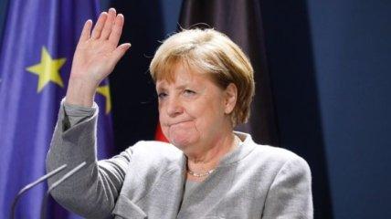 Меркель перед приїздом в Україну зустрінеться з Путіним