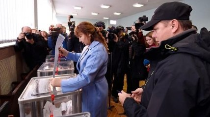 Ляшко проголосовал на местных выборах
