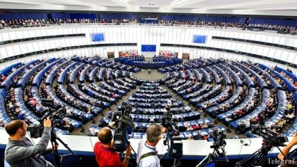 Выборы в Европарламент: ЕК зафиксировала более тысячи случаев дезинформации