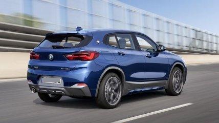 Гибридный BMW X2 xDrive25e появится в июле