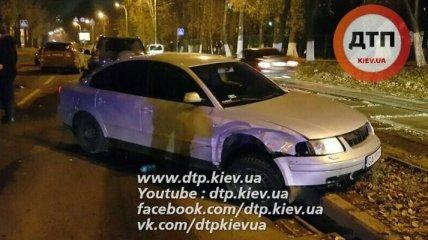В Киеве произошло ДТП со стрельбой и погоней, разбиты 4 авто