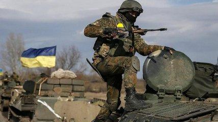 Украина вновь несет потери на Донбассе: под обстрелом ранен боец ВСУ