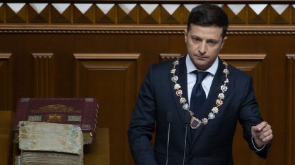 СМИ вспомнили топ-10 громких скандалов Зе-власти