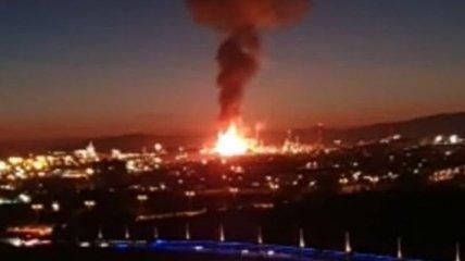 В Испании на заводе произошел мощный взрыв: погиб человек и восемь пострадали