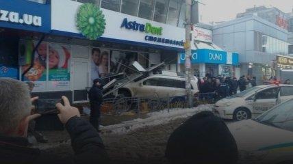 """В полиции рассказали подробности сегодняшнего ДТП на """"Левобережной"""""""