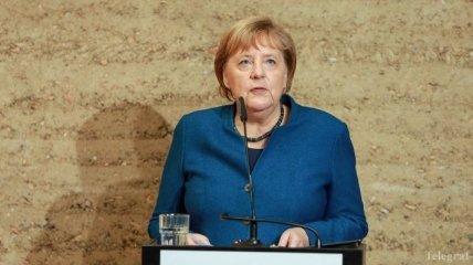 Канцлер Германии призывает Европу встать на защиту свободы и демократии