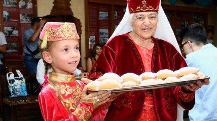 Народы Крыма - богатство Украины: сегодня день коренного населения (Видео)