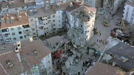 Сильное землетрясение в Турции: число жертв и пострадавших резко возросло