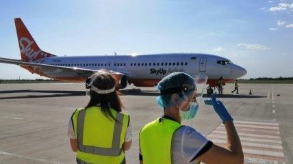 В Украине начал работу новый авиарейс Львов-Херсон