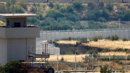Турция приступила к строительству стены на границе с Ираном