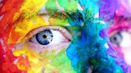 Помогут дальтоникам лучше ориентироваться в цвете: ученые создали специальные фильтры в очки