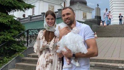 """Экс-""""холостяк"""" женился на украинской модели (фото)"""