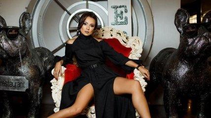 """Кокетка и очаровашка: экс-участница """"Танцев со звездами"""" покорила сеть горячими фото"""