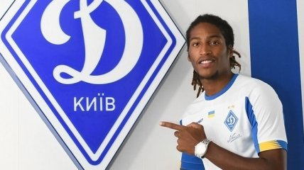 Приходил на тренировки с перегаром: Динамо хочет продать конкурента Беседина