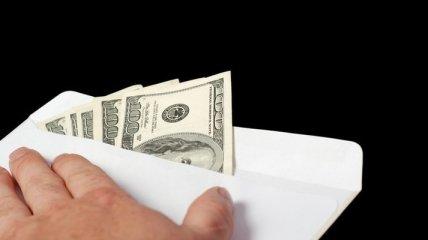 В Днепропетровске преподавателя колледжа словили на взятке в $150