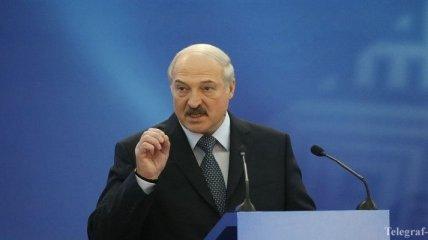 Не высовывайтесь на улицы: Лукашенко обратился к белорусам