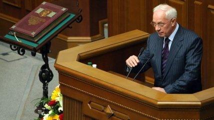 Азаров: политические соревнования не скажутся на экономике страны