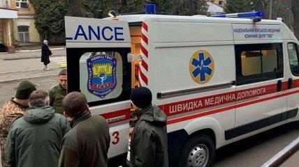 Шестерых раненных бойцов ВСУ доставили в Киев