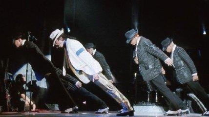 Секрет успеха Майкла Джексона - в его ботинках (Фото)