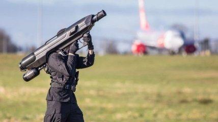Военная техника: что надо знать о средстве борьбы с дронами-нарушителями SKYWALL 100