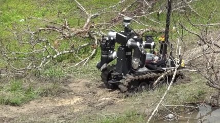 Боевых роботов США обучают пониманию голосовых команд (Видео)