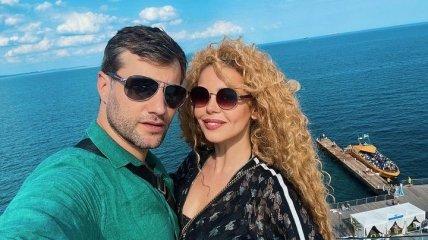 Гросу рассказала, чем ее бойфренд из РФ зарабатывает в Украине