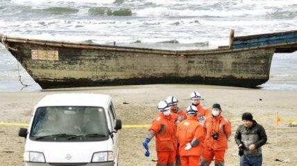 Оказавшаяся в Японии лодка с 8 телами, прибыла из КНДР