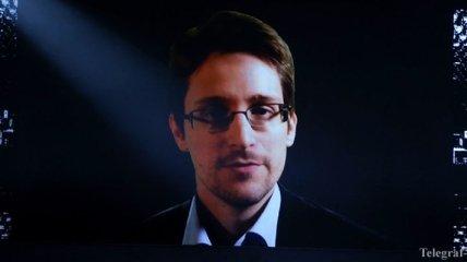 Сноуден сделал первую запись в Twitter