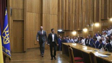 Итоги 2 августа: Зеленский в Ивано-Франковске, отставка Богдана, дело ОАСК и крах ДРСМД