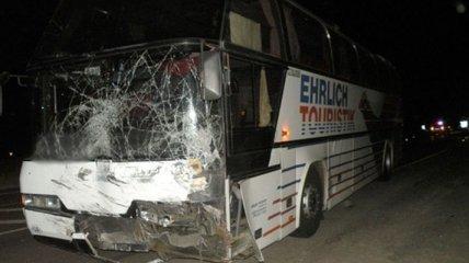 В Николаевской области машина столкнулась с автобусом, есть жертвы