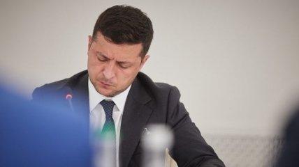 Суд оштрафовал на 14,5 тыс. грн украинца за посты против Зеленского в соцсетях