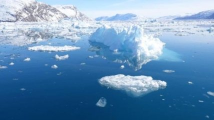 В Антарктиде образовалась гигантская дыра
