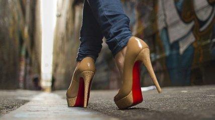 Каблуки помогают женщинам командовать мужчинами
