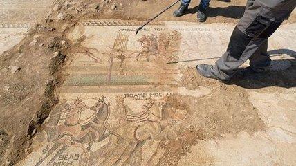 На Кипре нашли уникальную мозаику с изображениями римских скачек