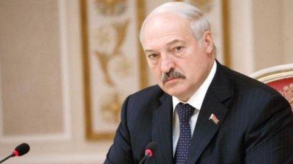 Им дали команду, они и тявкнули: Лукашенко высказался о санкциях стран Балтии
