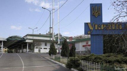 Украина снова закрыла границы для иностранцев