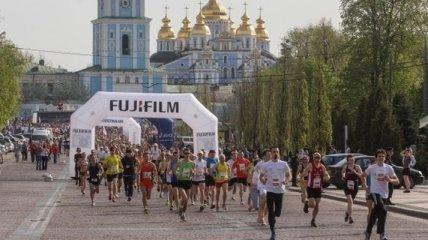 Победителем столичного международного марафона стал дончанин