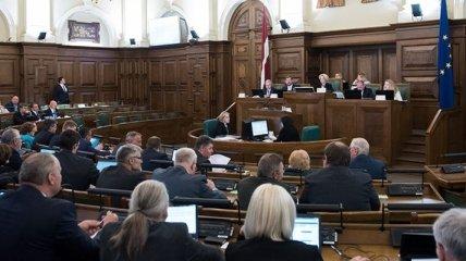 Языковая реформа в Латвии предполагает переход на государственный язык