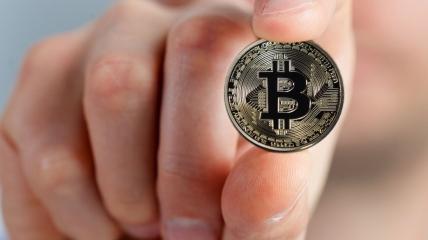 Після довгого падіння Bitcoin готується бити весняні рекорди
