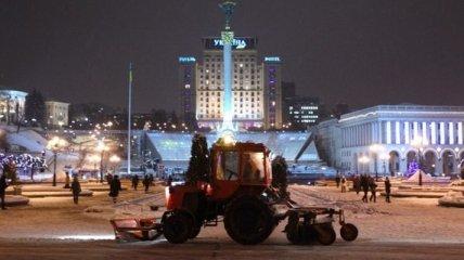 Очистить дороги от снега  КГГА планирует до утра субботы