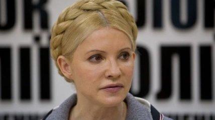 Тимошенко: убеждать Януковича стать демократом безполезно