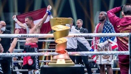 Второй после Усика: Бриедис выиграл трофей Мухаммеда Али (Видео)