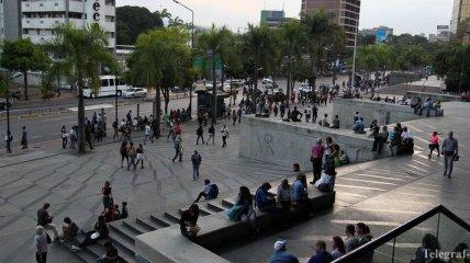 Мадуро и Гуайдо созывают своих сторонников на улицы Венесуэлы