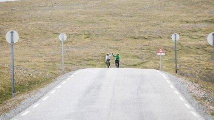 Двое украинцев достигли финиша в веломарафоне длинной 4500 километров