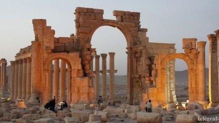 Боевики ИГ казнили трех человек в Пальмире